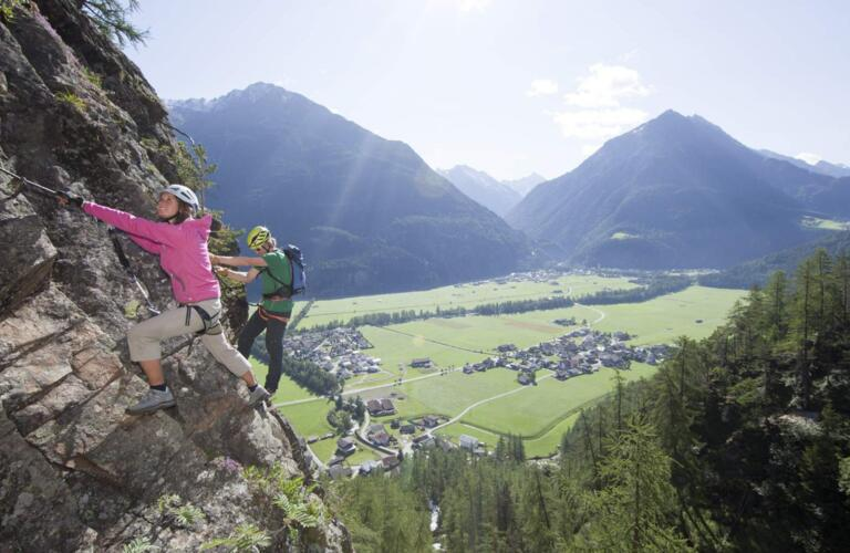 summer holiday ötztal valley climbing | © Ötztal Tourismus